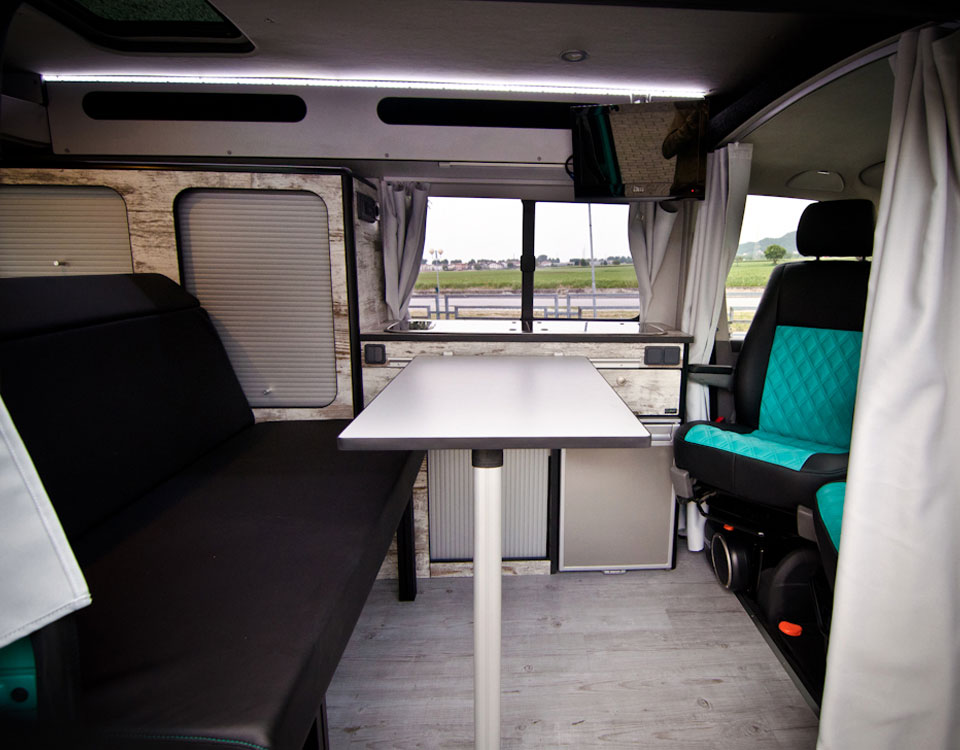 Easy conversion 6 c lover van solutions for Kit trasformazione furgone in camper